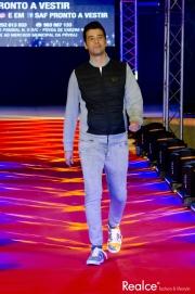 Frederico Oliveira vestido por SAF