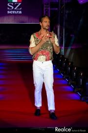 Cláudio Ramos vestido por Senza