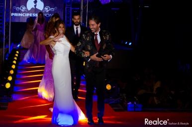 Cláudio Ramos e Liliana Campos vestidos por Lazarus e Principessa